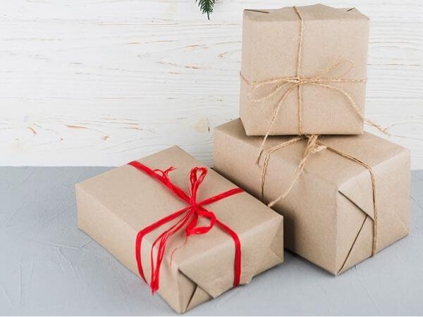 Công dụng và cách gói quà đẹp bằng giấy Kraft