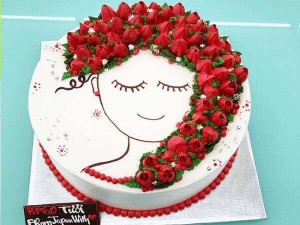 Các mẫu bánh sinh nhật đẹp hình cô gái