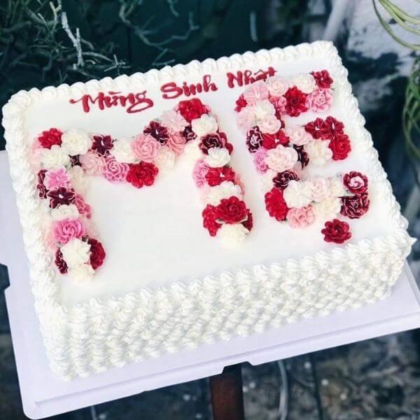 Mẫu bánh sinh nhật đẹp dành tặng mẹ