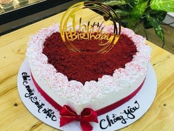 Một số mẫu bánh sinh nhật đẹp tặng chồng yêu của bạn