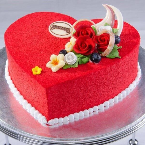 Những mẫu bánh sinh nhật đẹp hình trái tim